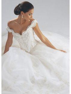 off+shoulder+wedding+dress+for+beach+wedding   off the shoulder wedding dresses a great detailed wedding dress