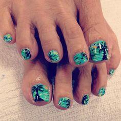 New beach pedicure ideas summer toenails ideas Beach Toe Nails, Beach Pedicure, Cute Toe Nails, Summer Toe Nails, Pedicure Nail Art, Toe Nail Art, Love Nails, Acrylic Nails, Pedicure Designs