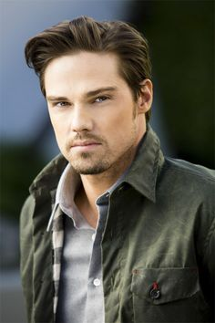 Jay Ryan. Literally, the hottest man alive aside from Hugh Jackman. Ugh, those Australians!