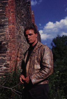 Marlon Brando on the set of The Fugitive Kind.