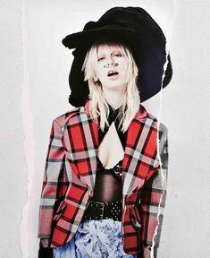visual optimism; fashion editorials, shows, campaigns & more!: lili sumner by philip meech for odda #8