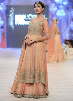 How pretty is this for a mehendi outfit? Seen at PFDC L'Oreal Paris Bridal Week 2014