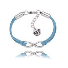 odzwierciedlenie nieskończonej dobrocią duszy..piękny błękit ze srebrem:)