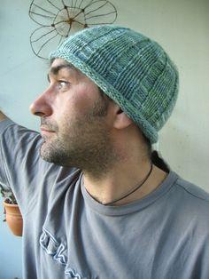 Woolly Wormhead - Runnin' Beanie - free Hat knitting pattern for men