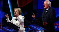 Democratic U.S. presidential candidates Hillary Clinton (L) and Senator Bernie Sanders © Lucas Jackson
