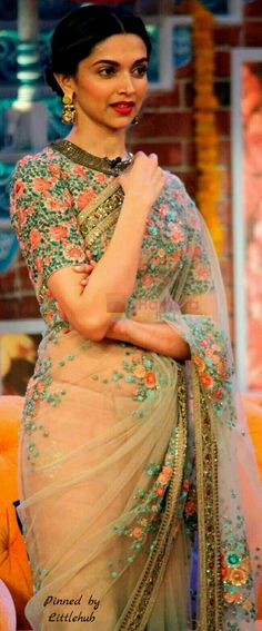 """Deepika Padukone in Sabyasachi Saree at Comedy Nights With Kapil "" Deepika Padukone Saree, Sonakshi Sinha, Kareena Kapoor, Deepika In Saree, Ranbir Kapoor, Mode Bollywood, Bollywood Fashion, Bollywood Saree, Bollywood Outfits"