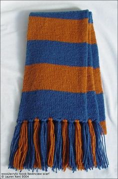 Hogwarts House Scarf from theLeakyCauldron.org, a great source for food, parties, crafts and more for Harry Potter fans