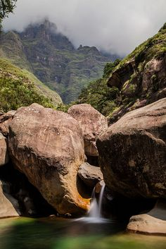 Elephant Head Rock, Drakensburg, South Africa - photo by Jake Salyers, via Flcikr Places Around The World, Oh The Places You'll Go, Places To Travel, Places To Visit, Around The Worlds, Terre Nature, Nature Sauvage, Out Of Africa, Africa Travel