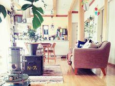 """MOMO Natural(モモナチュラル)という家具ブランドがあります。 高い技術で、""""シンプル&ナチュラル""""というコンセプトを"""" 永遠のスタンダードメーカー"""" として実現していきたいというモモナチュラルの魅力を実際のお部屋コーデからご紹介します。"""