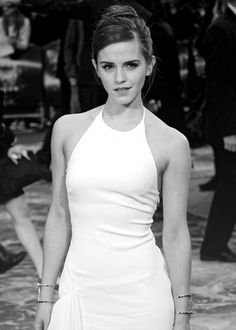 Can I just say how much I adore Emma Watson. She's an amazing actress and is so intelligent and wise for her age. I also just love her He for She campaign. Emma Watson Daily, Ema Watson, Hermione Granger, Gorgeous Women, Beautiful People, Emma Watson Beautiful, My Emma, Charlotte, Perfect Woman
