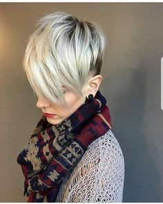 Pixie haircuts for 2018 blonde undercut pixie, blonde pixie cuts, short . Pixie Cut Blond, Platinum Blonde Pixie, Blonde Pixie Hair, Short Blonde, Platinum Hair, Long Pixie, Ash Blonde, Blonde Color, Short Hair With Bangs