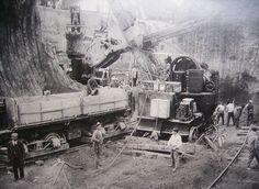 Buenos Aires. Construcción de la primera línea de subterráneos de la ciudad, 1912. Colección Archivo General de la Nación.