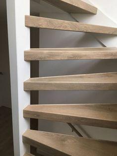 Een open trap renoveren? - Stairz traprenovaties