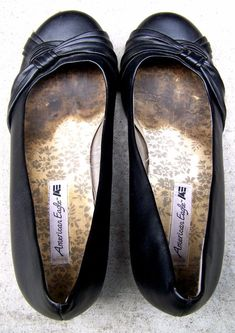 cae2a8d5edf American Eagle ballet flats woman s ballerinas 8 shoes very used slippers  LOOK!  fashion