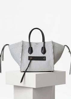Medium Luggage Phantom Handbag in Textile - Spring / Summer Collection 2016 | CÉLINE