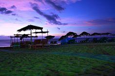 Candolim Beach - less crowded than baga or calugante, but still fairly touristy Goa Travel, Portuguese Culture, Exotic Beaches, Honeymoon Places, Goa India, Best Resorts, Water Waves, Eat Sleep, Beach Photos