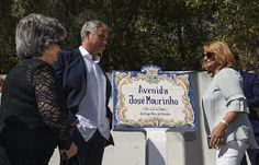 Mourinho has Setubal road named after him
