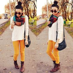 Yellow pants (by Pam S) http://lookbook.nu/look/4259549-yellow-pants