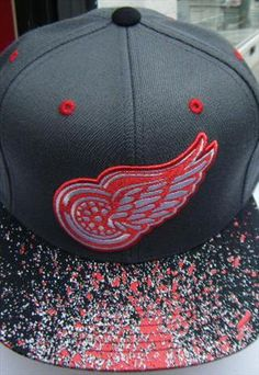 Mitchell & Ness Red Wings Snapback