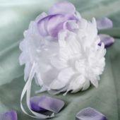 Gardenia Flower Basket - Party City