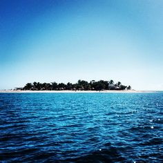 A little slice of #paradise in Fiji... #southseaisland #fiji in the #mamanuca #islands #islandlife #instagood #southseacruises