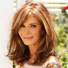 Cool Womens Hairstyles Over 50 Medium Length - If You are looking for a new hairstyle or want to get a preeminent haircut to change Your style, then You Hairstyles Over 50, Older Women Hairstyles, Hairstyles Haircuts, Trendy Hairstyles, Mid Length Hairstyles, Medium To Long Hairstyles, Hairstyles For Medium Length Hair With Layers, Shoulder Length Hairstyles, Wedding Hairstyles