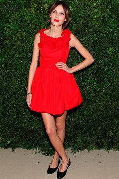 alexa chung look red carpet vestido vermelho