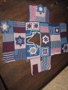 Fabulous Crochet a Little Black Crochet Dress Ideas. Georgeous Crochet a Little Black Crochet Dress Ideas. Gilet Crochet, Crochet Coat, Crochet Jacket, Freeform Crochet, Crochet Cardigan, Crochet Granny, Crochet Shawl, Crochet Clothes, Diy Crafts Crochet