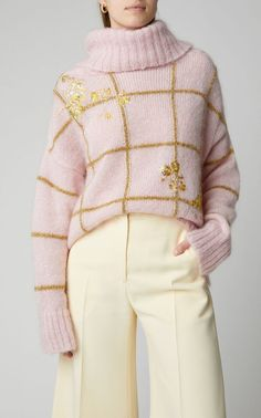 Sequin-Embellished Glitter-Embroidered Mohair Sweater by DELPOZO Knitwear Fashion, Knit Fashion, Fashion Fashion, Fashion Women, Fashion Shoes, Winter Fashion, Vintage Fashion, Casual Outfits, Cute Outfits