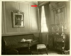 The West Parlor in 1932, George Washington's Mount Vernon home.