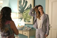 """Jane the Virgin """"Chapter Forty-Four"""" S2EP22"""