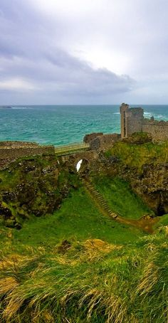 Dunluce Castle, Northern Ireland photo via dana
