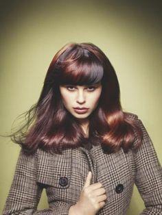 Galeria fryzur - dwukolorowe włosy w kolorze karmelu i czekolady