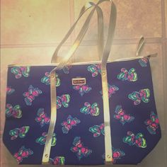 Lilly Pulitzer I've Got Butterflies Tote Excellent condition, from a smoke free, pet free home! Lilly Pulitzer Bags Totes