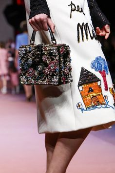 094cc17d62 Dolce   Gabbana Ready To Wear Fall Winter 2015 Milan