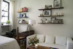 300 sqft apartment photo tour -- shelf inspiration for my tiny studio.