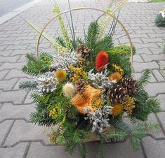 Výsledek obrázku pro kytice na dušičky Floral Arrangements, Bunny, Wreaths, Autumn, Home Decor, Cute Bunny, Decoration Home, Door Wreaths, Fall Season