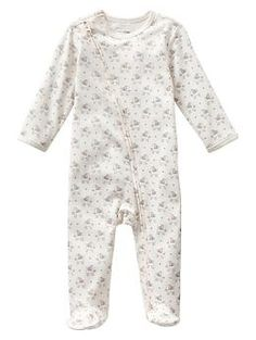 Elephant footed zip one-piece   Gap Baby Part of Evelynn's coming home outfit. I love this!