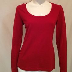 """Philosophy Red Crewneck Top Philosophy Red Crewneck Blouse with Long Sleeves. size Medium.  Measurements: Armpit to Armpit 18"""", Length 24"""", Sleeves 24.5"""". Philosophy Tops Blouses"""