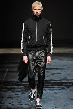Fall/Winter 2014 Menswear Fashion Trends from London Collections: Men image christopher shannon fall winter 2014 show 0008