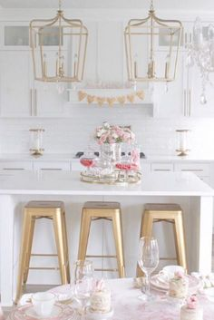 Shop Bellacor for Laurel Estate Brio Gold Four Light 17 Inch Wide Pendant by Minka Lavery and other Pendant Lighting for your home. Free shipping on most lighting, furniture and decor every day.