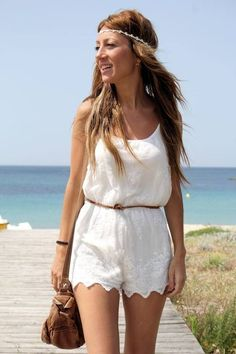 Hippie In Galicia by Lola Mansil Fashion Diary,  women, outfit, clothing, style, dress, white, handbag, brown, bracelet, summer, beautiful