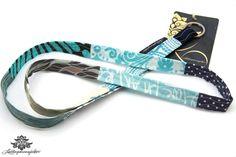Schlüsselband schmal blau von Lieblingsmanufaktur: Farbenfrohe Loop Schals, Tücher und mehr auf DaWanda.com