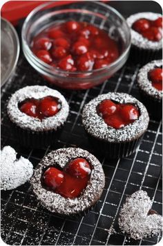These Valentine's Day dessert is the cupcake version of the the cherry cordial, traditional Valentine's Day candies. Cherry Cordial Valentine's Day Cupcakes are Valentine Desserts, Mini Desserts, Valentine Day Cupcakes, Valentines Day Treats, Just Desserts, Valentine Party, Baking Desserts, Valentine Sday, Walmart Valentines