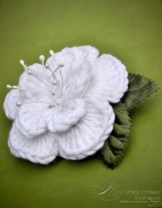 Dewdrop Crocheted Flower Pin | Free Pattern for Kids and Adult
