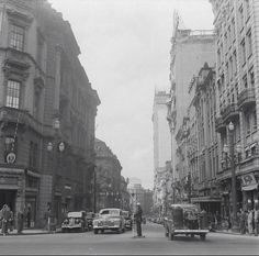 Rua Líbero Badaró, 1943.