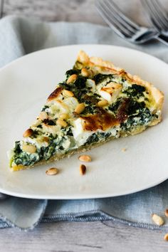 Spinach Quiche with Feta - Food / Drink - . - Spinach Quiche with Feta – Food / Drink – - Salmon Recipes, Veggie Recipes, Vegetarian Recipes, Cooking Recipes, Healthy Recipes, Quiche Recipes, Greek Recipes, Healthy Food, Quiches