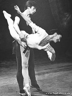 Fonteyn and Nureyev rehearse Giselle for their first appearance together on TV