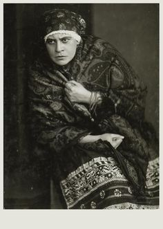 "Lucie Weidt als Küsterin  "" Jenufa ""  Wien 1918"