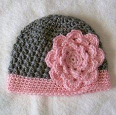 Lovely flower hat http://crocheting.myfavoritecraft.org/crochet-hat-patterns-for-beginners/